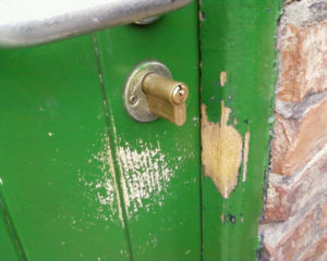 poorly fitted cylinder lock