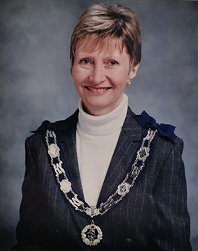 Female Locksmith and MLA president - Val Stokes